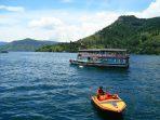 Lake_Toba,_North_Sumatra_(13)